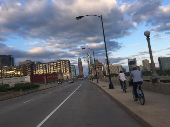 riding bikes in chicago